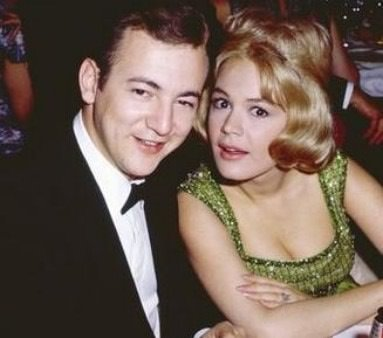 Sandra-Dee-and-husband-Bobby-Darin-a-summer-place